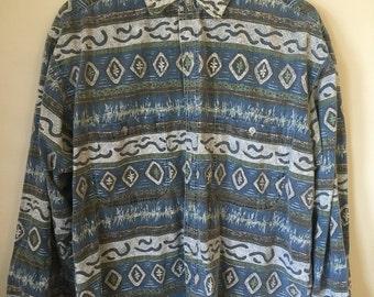 Size L - Patterned Long Sleeve Shirt