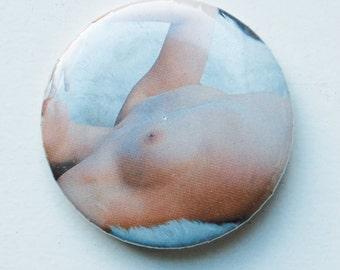 Nice button (pretty circle) No. 012