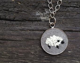 Sheep on felt embroidery pendants necklace