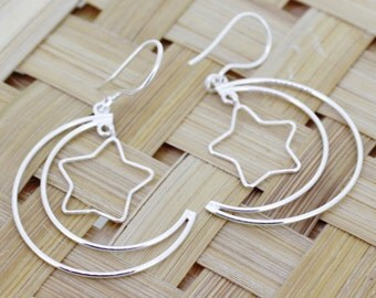 925 Sterling Silver Earrings   With Moon & Star Style