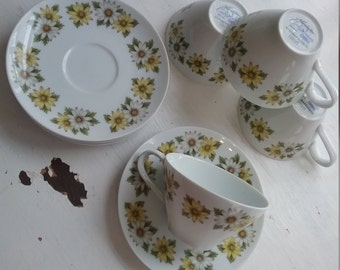 Vintage Noritake Daisy Pattern, Teacups and Saucers, Marguerite 6730, 1970s ,Cookin Serve, Made in Japan