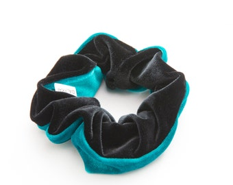 Turquoise and Black Srucnhy