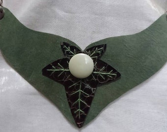 Ivy Leaves 2 by Incendium Leatherworks