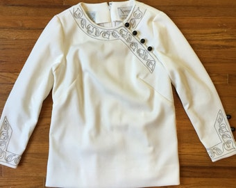 1960s White Embroidered Blouse