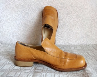 Genuine Leather Shoes Light Brown Low Heel Shoes Closed Heel Closed Toe Chunky Heel Square Toe Made in Italy Natural Leather Shoes