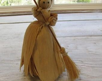 """Vintage """"Sweeper"""" Corn Husk Doll,"""