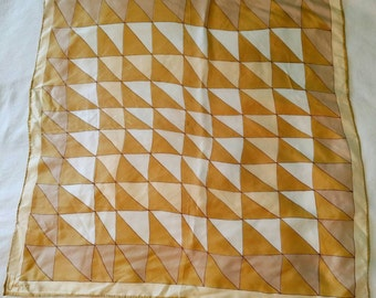 Scarves by Vera - 60s scarf with geometric design in gold