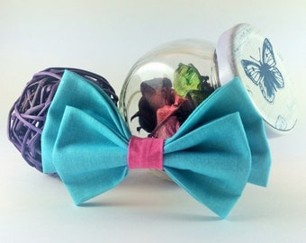 Bow tie brooch pin turquoise