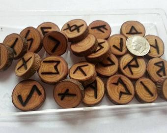 Unpolished Wood rune set