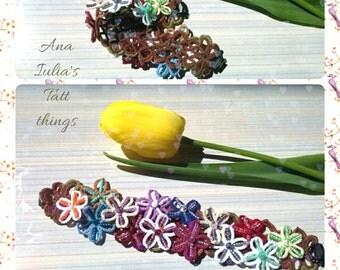 Tatted lace bracelet - Spring flowers