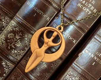 Goddess Idol Necklace