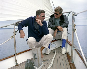 President John F. Kennedy Sails With Brother-In-Law/Actor Peter Lawford on the 'Manitou'- 8X10 Photo (ZZ-058)