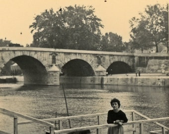 Collection La Parisienne - at the edge of the Seine
