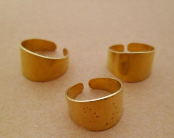 10pcs Wide Raw Brass Rings Blanks Bases for Personalized Custom Stamping for Crafters Artisans Lead Nickel Chromium Free 0106-0101