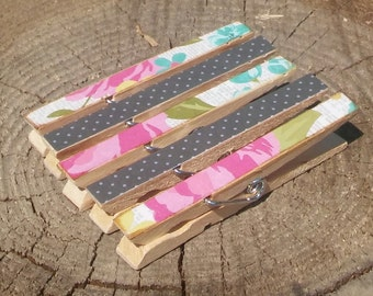 Watercolor Flowers Dots Clothespin Magnets Clips Set of 5 Pink Black Blue