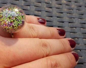 Rings glass ball