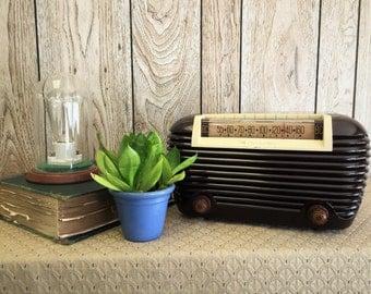 1948 Motorola Radio
