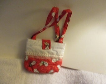 Child's purse snowman on red background  cp77s