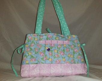 Springtime tulips Mini bow tucks purse