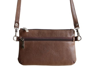Pouch brown leather