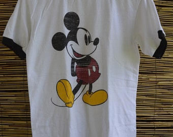 Vintage Mickey Mouse T-shirt