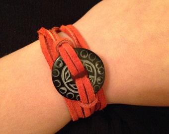 Pendant wrap bracelet