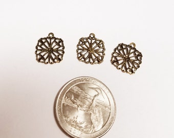 10 Brass Filagree Charm/Earring Component #320
