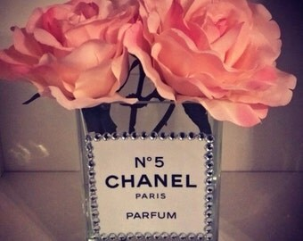 Chanel No.5 Diamanté Chanel No.5 Vase with Pink Roses