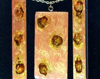 Fetache Pendant & Dangle Earrings Set - Ginger Peach