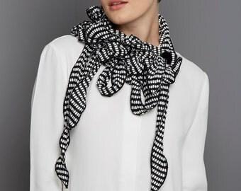 Anni! Black Square Dot Scarf, Versatile, Monochrome, Lightweight Jersey, Loose fit