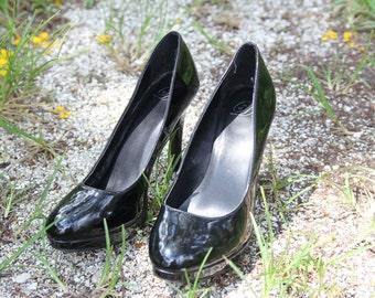 Size 7 1/2 Black Shiny Heels