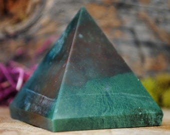 Bloodstone Crystal Pyramid - 956.09