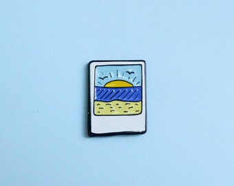 Beach Sunset Polaroid Enamel Pin