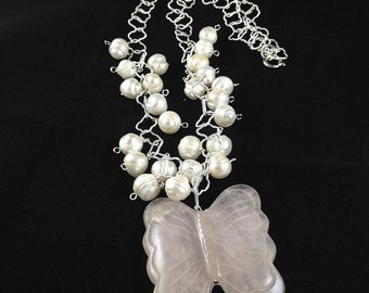 Long pearl and quartz necklace