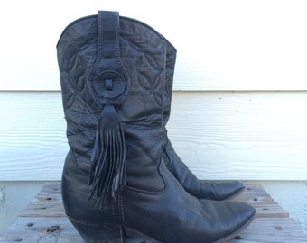 Vtg 80s black leather Laredo Cowboy boots with tassels 7.5M