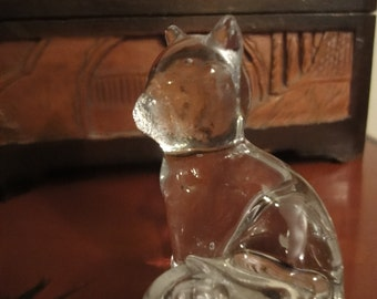 Glass Cat in sitting position height size 5cm
