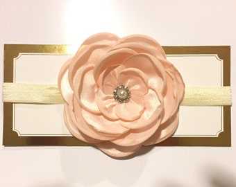 Large flower with elastic headband