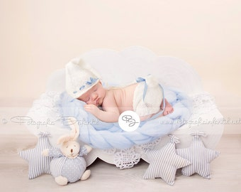 Newborn Prop Backdrop (Cloud Blue)