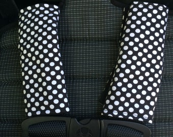 Strap covers stroller / car seat WHITE PEAS on black / neck protection
