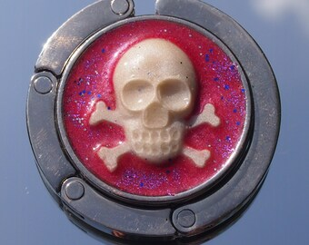 Pinky Pirate cameo bag hook