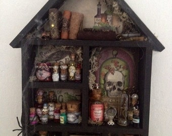 Apothecary shelf/cabin/potions/miniature shelf/witch craft