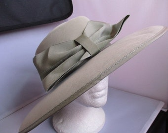 Wedding/Ascot/Bridal,Knotted Hat IN Beautiful Grey COLOUR.SIZE-M
