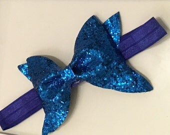 Baby girl sequin bow