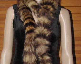 Très long boa de fourrure chat sauvage vintage/ Vintage long boa  raccoon fur scarf