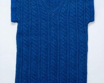 Children's knitted woolen vest. 8-9-10 years.