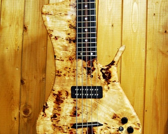 "Electric bass ""DYNO5"" by Luteria M&M"