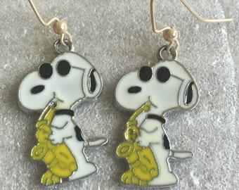Snoopy Playing Saxaphone Earrings