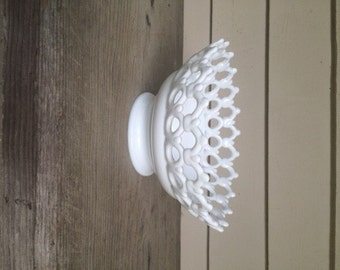 VINTAGE LACE Milk Glass Bowl Centerpiece Bowl, White Lace Bowl, Wedding Decor, Serving White Lace Bowl Mid Century