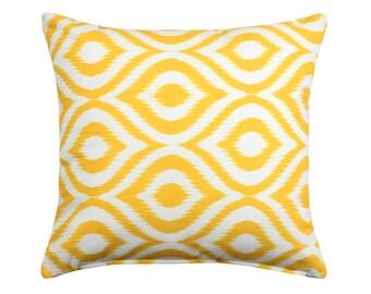 "20""X20""  Ikat Modern Yellow Accent Throw Pillow Cover"