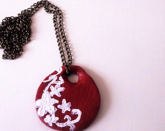 Red Hawaiian Style Pendant Necklace